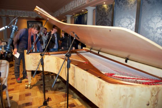 Audience Inspects Piano - Rare View - Alan Griffiths