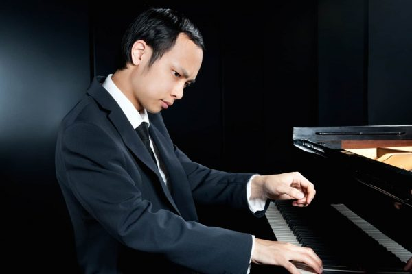 Nicholas Young - Pianist